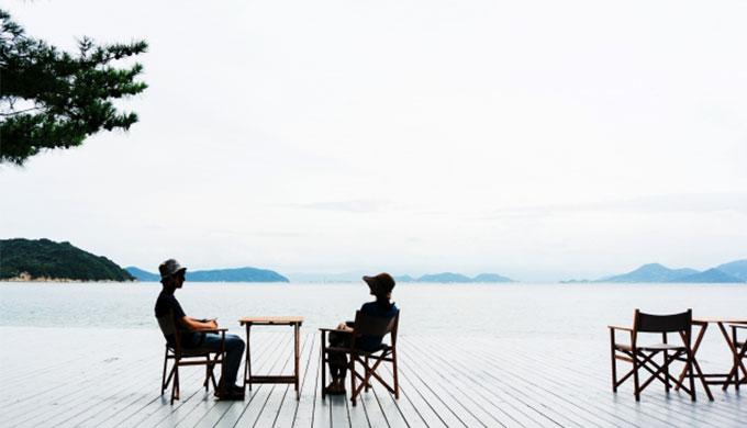 60代夫婦海辺の旅行